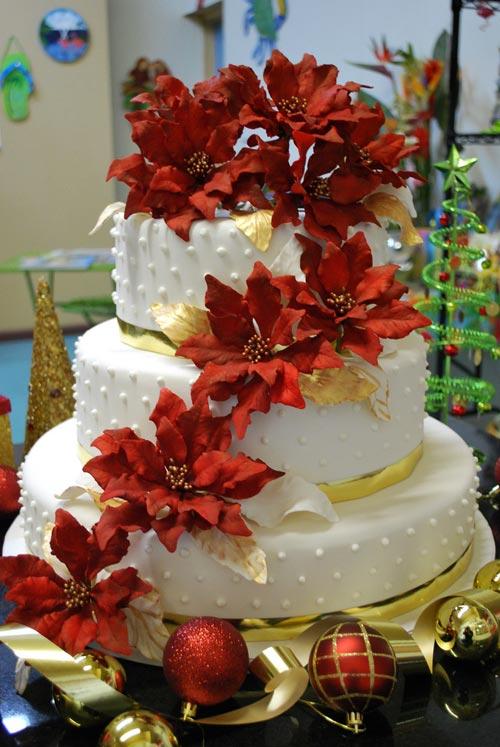 christmas-wedding-cakes-1