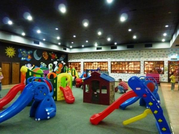 bennigans-playground