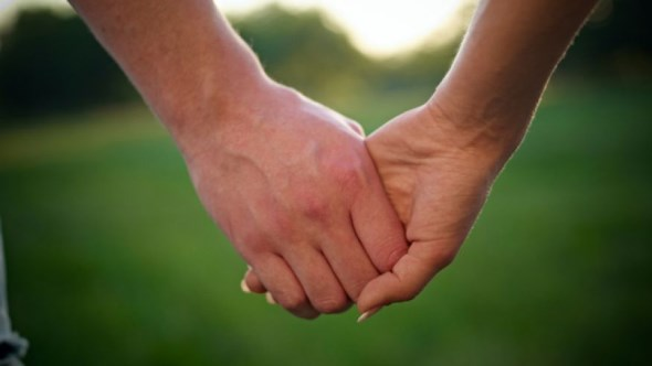 holding_hands_istock