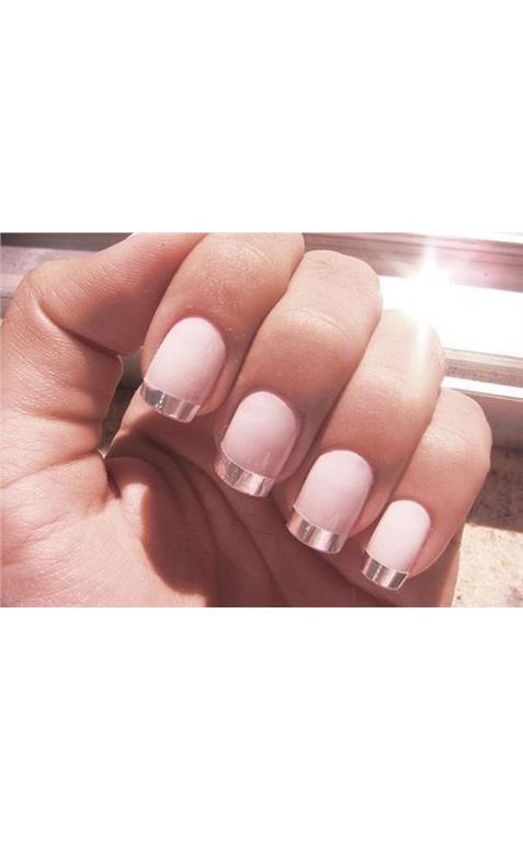 22127381_27_French_Manicure.limghandler