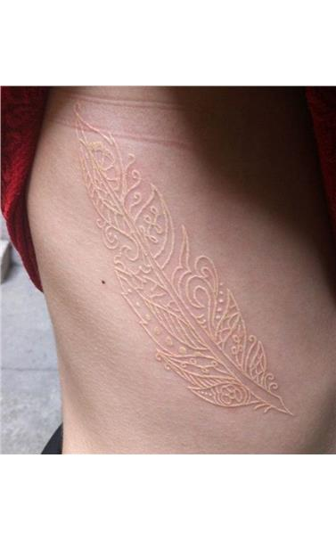 22918547_modamob_white_tattoo_gallery_14_0.limghandler
