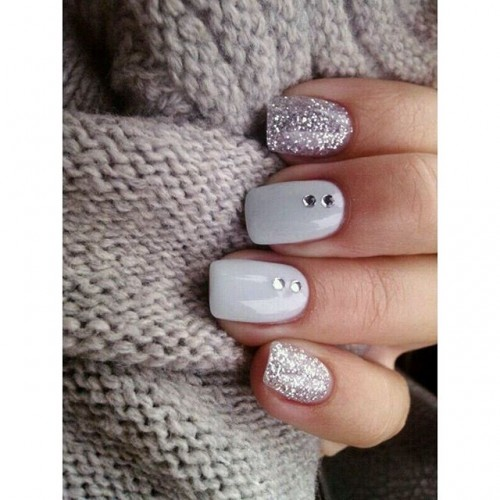 gray-nails-2-500x500