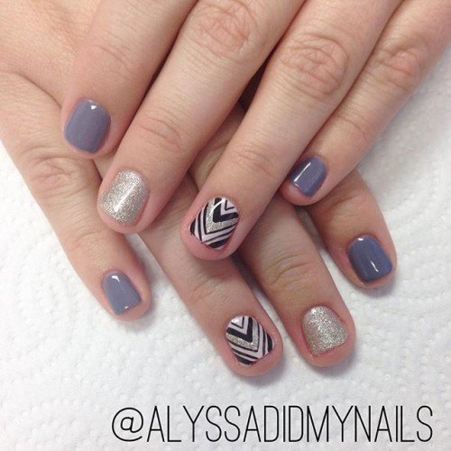 gray-nails-5-500x500