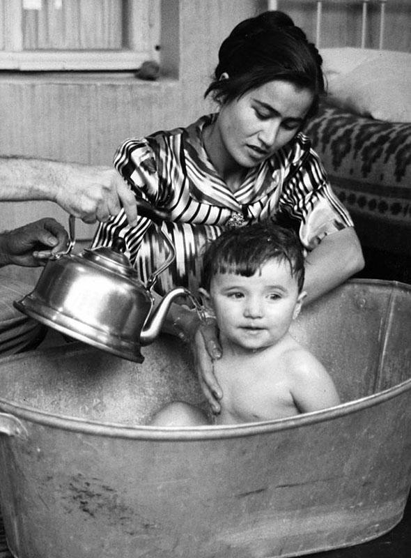 motherhood_590_9