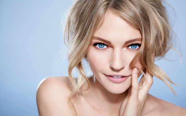 blonde-radiant-blue-eyes