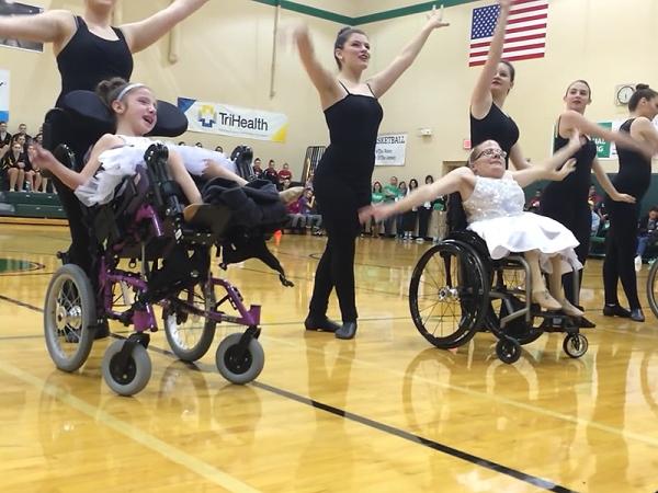 wheelchairs-dance-800