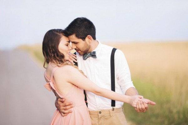 Couple-in-Love-Dance-HD-Image-630x420