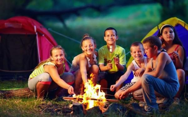 camp-735x459